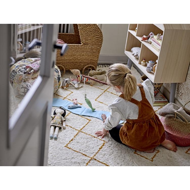 nukukäru tüdrukute mänguasi olli ella bloomingville disain rotang käru